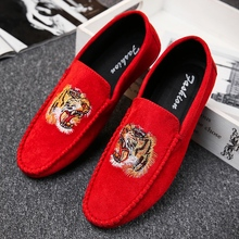 High Quality Men Shoes Handmade Loafers Pig Suede Leather Drive Rubber Sole Slip On Footwear Red Black Flat Boat Shoe
