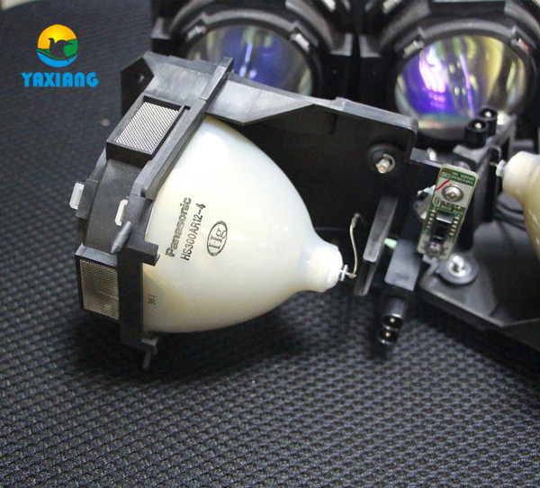 100% Original Projector lamp ET-LAD12KF with housing for Panasonic PT-D12000 PT-DW100 PT-DZ12000 free shipping et lad12k compatible lamp with housing for panasonic pt dz12000 pt d12000 pt dw100 pt dw100u pt d12000u