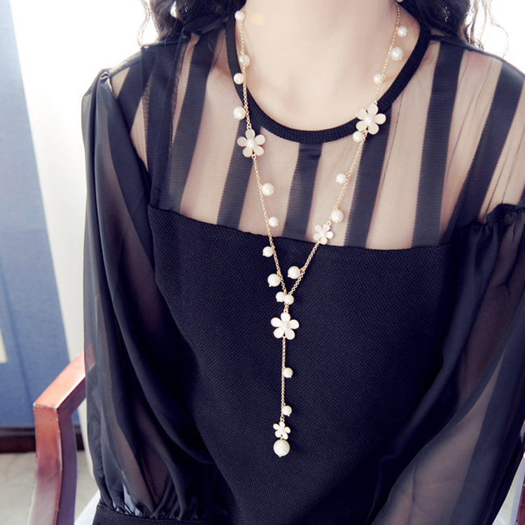 1pc korean womens fashion simulated pearl flowers long necklace jewelry gold tone sweet sweater chains colar long necklace