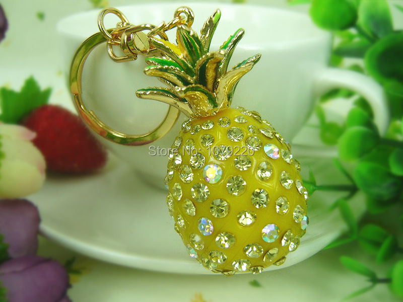 Pineapple Fruit Keyring Rings Fashion Jewelry Bag Keychain Crystal Rhinestone Charm Pendant Key Chain Gift Moda 2015