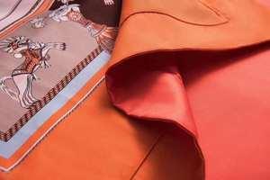 Image 4 - مجموعة أغطية سرير فاخرة أوروبية جديدة لعام 2019 مصنوعة من القطن بتصميم بسيط على شكل حصان وملاءة سرير برتقالية