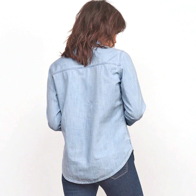 Women fashion Embroidery denim long-sleeved shirt female casual v-neck light blue jeans blouses Cotton Material Chemise Femme