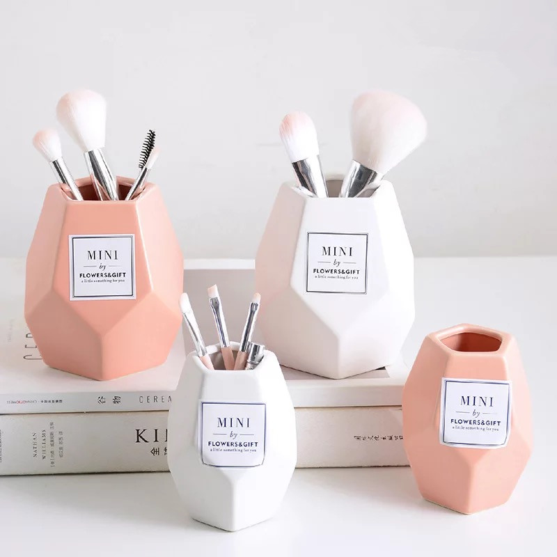 Makeup Brush Ceramic Storage Jar Pink Ceramic Storage Bottle Cosmetic Storage Organizer Pen Holder Desktop Ceramic Container
