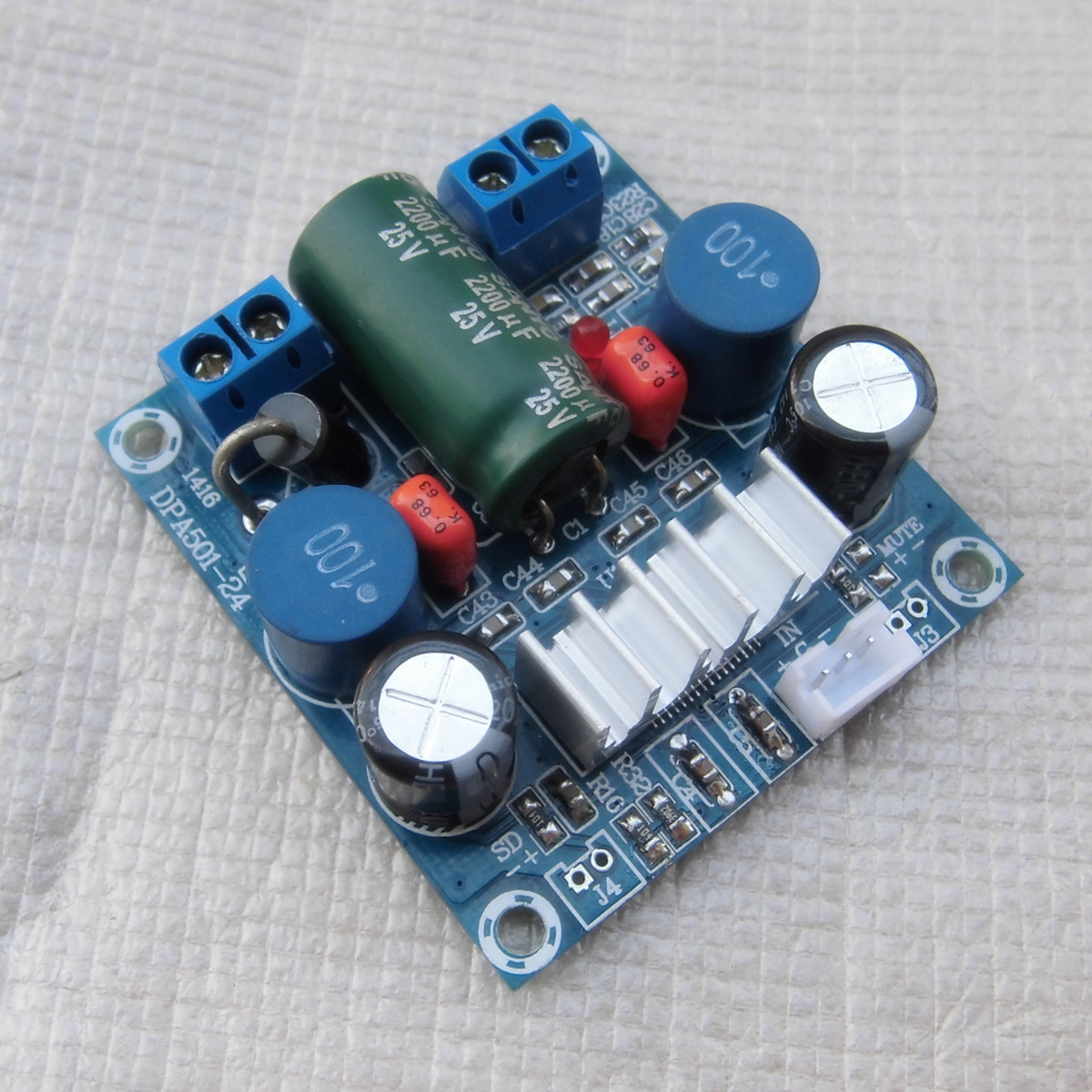 все цены на  Single channel digital power amplifier board 100W 12-24V power amplifier TPA3116 power supply battery power supply  онлайн