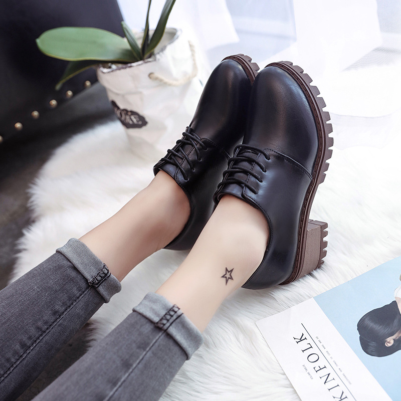 New Sweet Womens Mid-Heel Block Heel Mary Jane Shoes Woman College Wind Casual Shoes Love Big Head Women Shoes 2 Colors