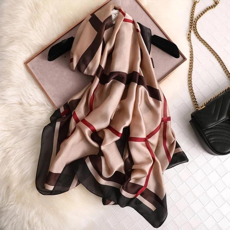 luxury brand silk scarf summer women female scarves ladies beach wrap chiffon shawl bandanna sunscreen foulard muffler pareo(China)