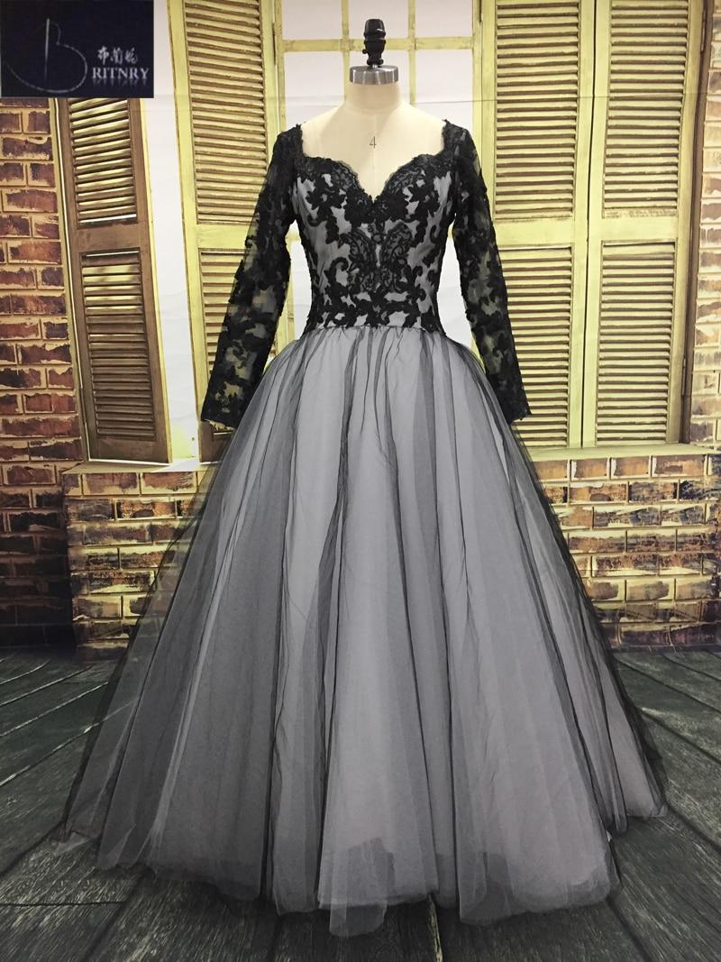 Modest Wedding Dress 2018 V Neck Long Sleeve Tulle Wedding Dress Appliques White And Ivory Bride Dress Plus Size