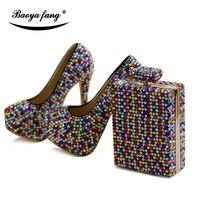 Женская свадебная обувь с Сумочки в комплекте Разноцветные Кристалл роскошными стразами свадебная обувь Свадебные невесты высокие ботинк