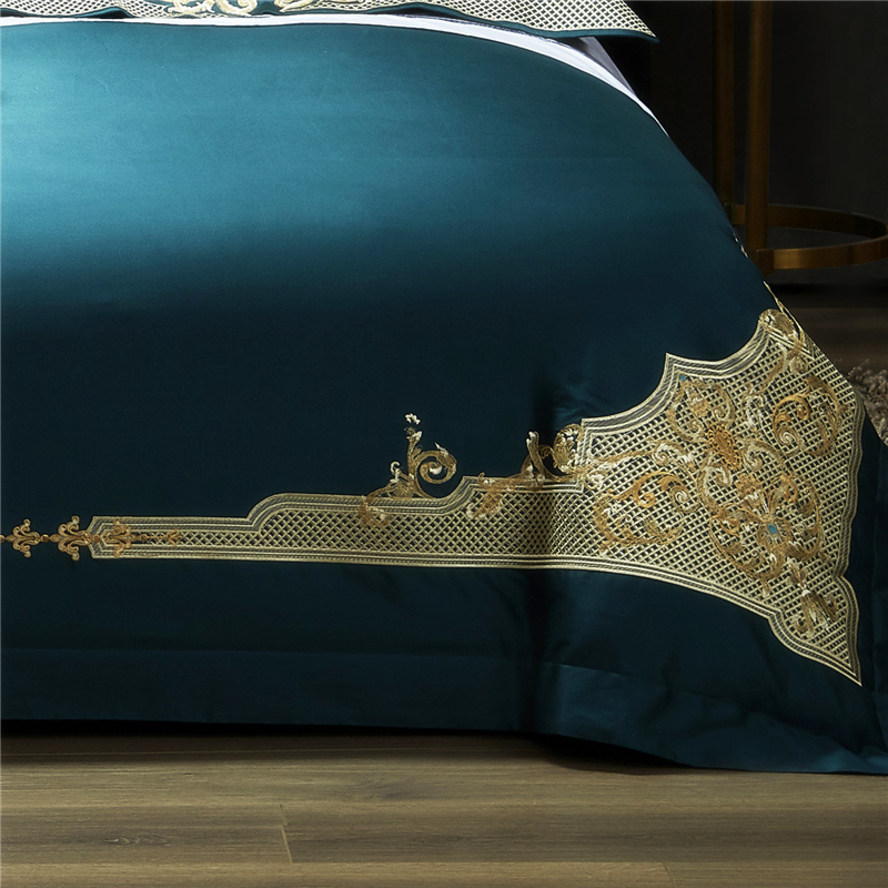 Image 2 - Luxury 1000TC Egyptian Cotton Royal Bedding set Europe Premium Chic Embroidery Duvet cover Bed sheet set Queen King size 4PieceBedding Sets   -