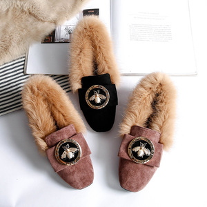 Image 2 - Woman Warm Snow Boots Genuine Leather Wool Winter Flat Shoes Ladies Fur Ankle Boots Plus Size Bee Fashion Moccasins Footwear New