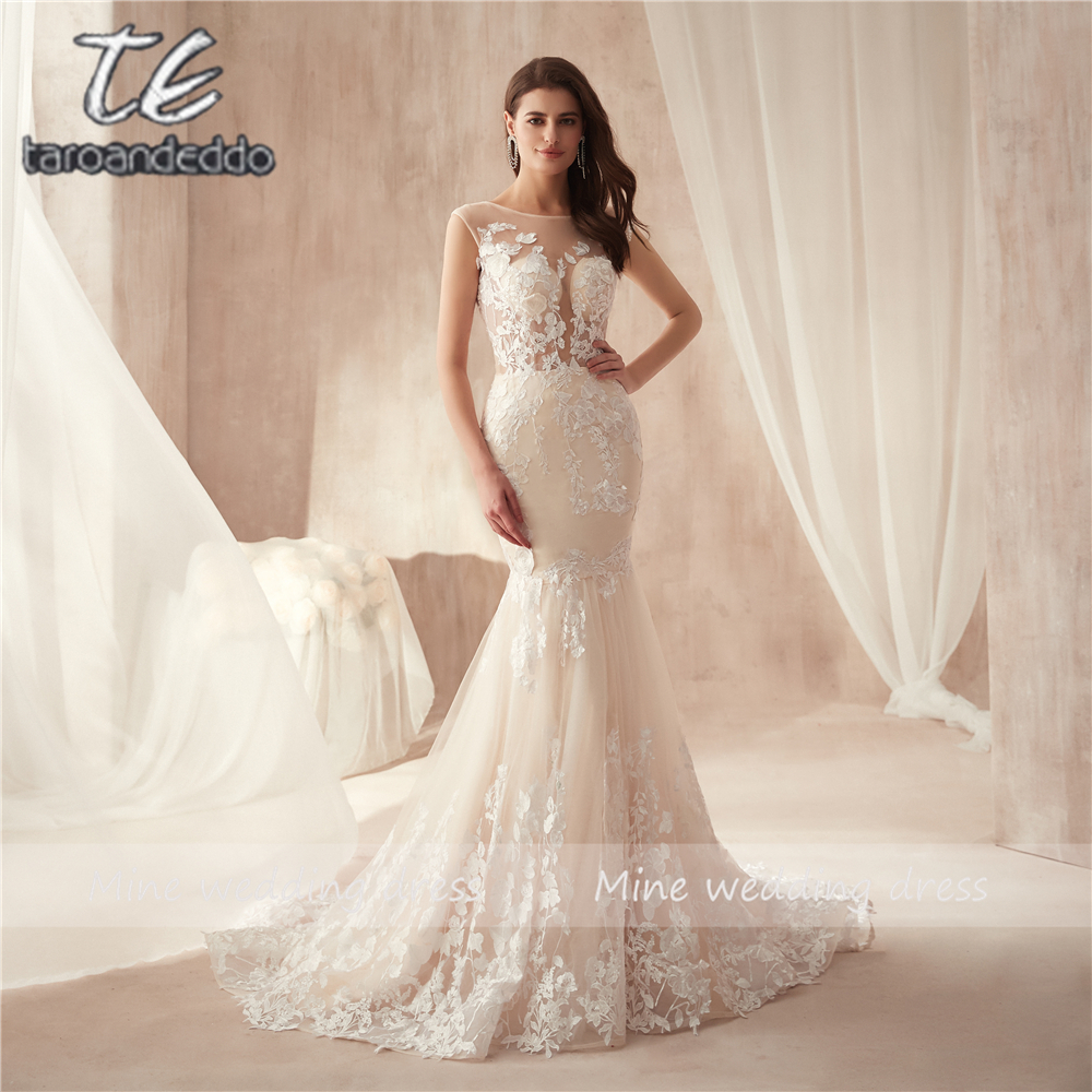 Ivory Lace Appliques Champagne Mermaid Wedding Dresses Open Back 3D Flowers Sexy Bridal Gowns New Arrival
