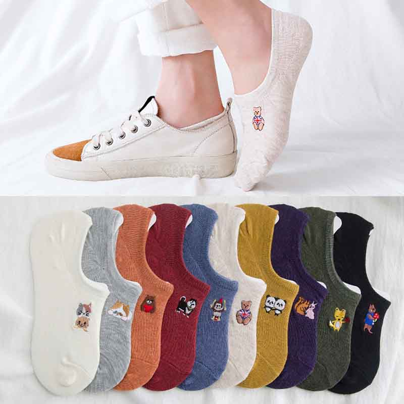 2019 Spring Autumn Men Women Cotton Short Sock Casual Shallow Mouth Cartoon Embroidery Short Socks Breathable Hosiery