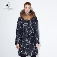 Snowclassic 2018 Модные женские зимняя куртка толстый длинный Пальто в полоску Куртки капюшон регулируется талия тонкая теплая обувь с хлопчатобу