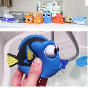 Image 3 - Bebek banyo oyuncakları bulma Nemo Dory şamandıra sprey su sıkmak oyuncaklar yumuşak kauçuk banyo oyun hayvanlar banyo figürü oyuncak çocuk