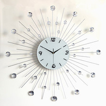 European Wrought Iron Sitting Room Decorative Large Wall Clock with Artificial Diamonds Fashion and Quiet