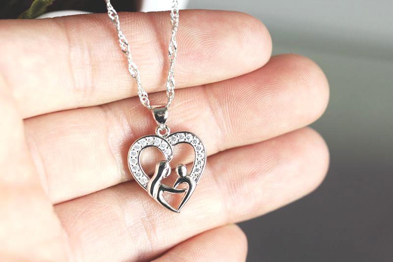 HTB1DHGINFXXXXbmXXXXq6xXFXXXd - Heart Design Exquisite Silver Pendant