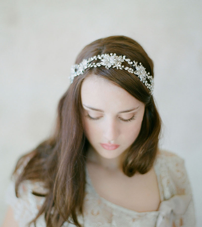 Dower me Handmade Fashion Bridal Floral Headband Crystal Tiara Wedding  Headpiece Gold Silver Hair Accessories-in Hair Jewelry from Jewelry    Accessories on ... d349aab46d4e