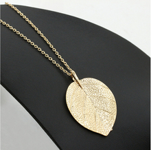 Famous brand noble and retro gold leaf shape necklace long Sweater chain statement necklace N030