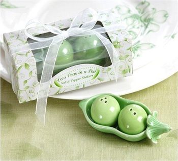 Two Peas in a Pod Ceramic Salt and Pepper Shakers Wedding Favors Cute Little Gift W7223