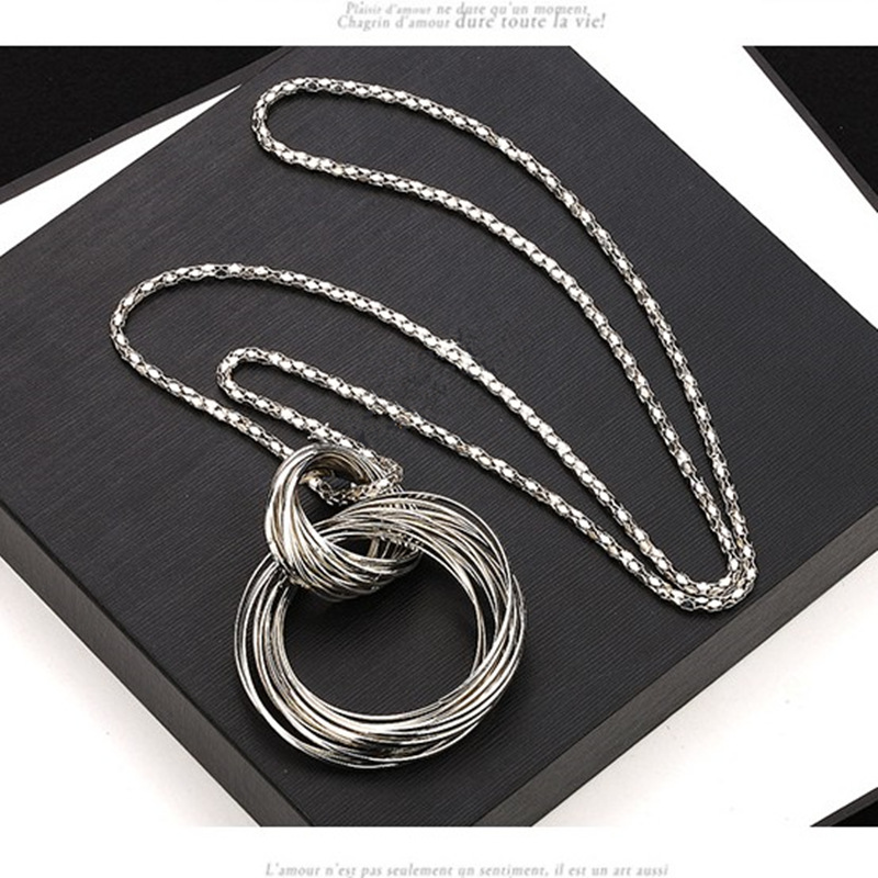 Hot new fashion Long sweater chain necklace female fashion sweater large circle decorative accessories lanyards jewelry