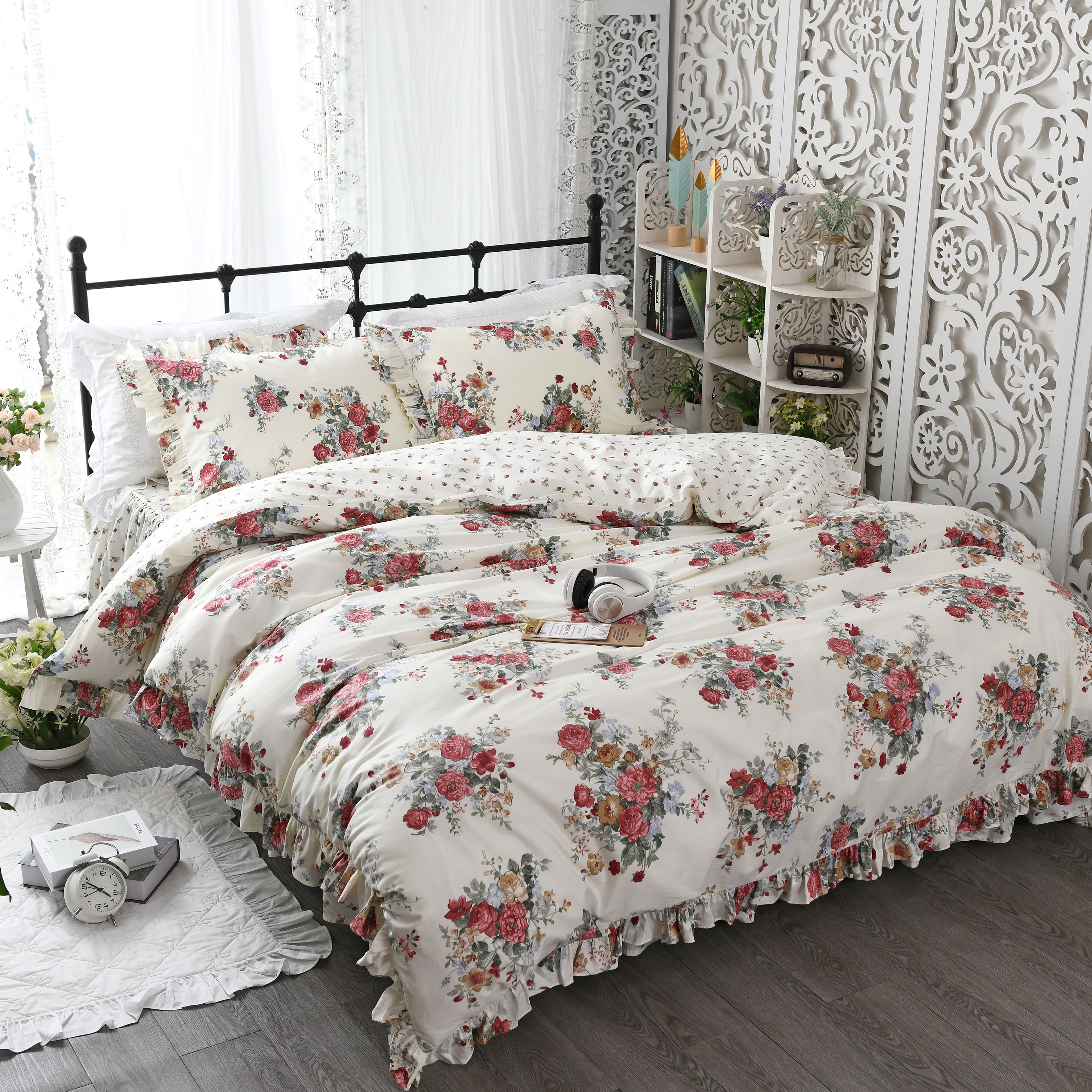 Pastoral small fresh cotton bedding set ruffled bed girl net red bed skirt is overprinted flowersPastoral small fresh cotton bedding set ruffled bed girl net red bed skirt is overprinted flowers