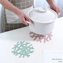 1 ud. Posavasos de silicona de PP con diseño de flores para cocina, almohadilla hueca para cazuela, posavasos anti-calientes para mesa de comedor