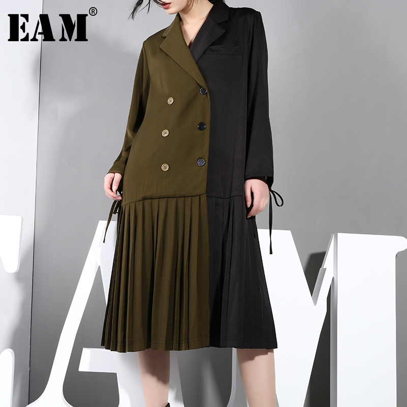EAM 2019 New Spring Summer Lapel Long Sleeve Hit Color Double Breasted Loose Hem Pleated