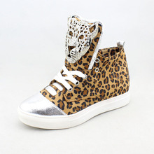 New Womens Casual Platform Height Increasing Sneakers Fashion Rhinestone Metal Leopard Buckle Decoration Ladies Wedge