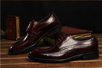 New Imitate Genuine Leather Men Oxford Shoes Pointed Toes Pointed Toes Male Lace-Up Dress Shoes Wedding Carved Cassical Retro