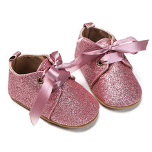 Morbida suola Baby Shoes Cotton First Walkers Moda Baby Girl Shoes Neonato Lace Up Paillettes per bambini Scarpe oro argento rosa