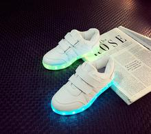 2017 Sneakers enfants USB de charge Lumineux Lumineux Sneakers Garçons/Filles Coloré led de lumières Enfants Shoes