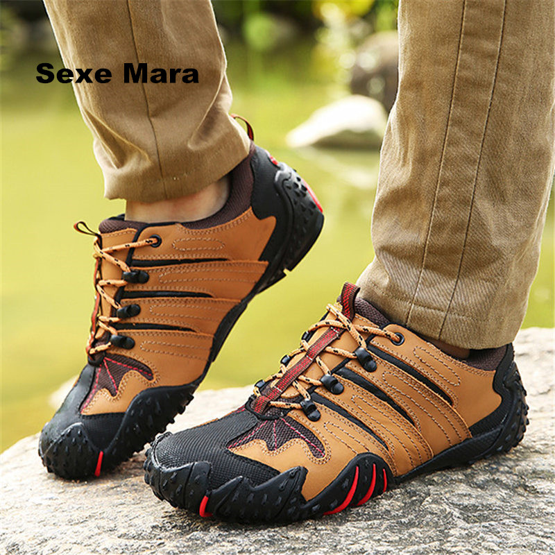 цена на Men outdoor hiking shoes Leather breathable Sneakers waterproof oxford Sport shoes non-slip Walking Jogging Trainers size 38-44