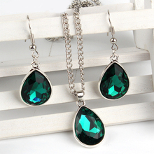 1set Vintage silver Water drop Pendant Necklace & earrings Fashion Jewelr green