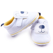 Hot Infantil Bebê Recém-nascido Da Criança Shoes Primeiro Walkers Suave Sola Meninos Sapatas Dos Miúdos Clássico anti-derrapante Calçado Bonito Berço Sapatos de Bebe