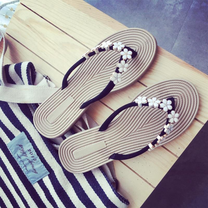 Women Beach Flip Flops 2019 New Summer Flat Shoes Woman Fashion Slip On Sandals Comfortable Footwear Female Flip Flop Slippers