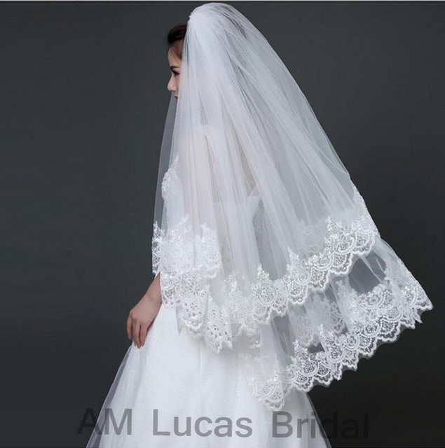 Two Layer 2017 Short Wedding Veil With Comb Lace Appliques and ...