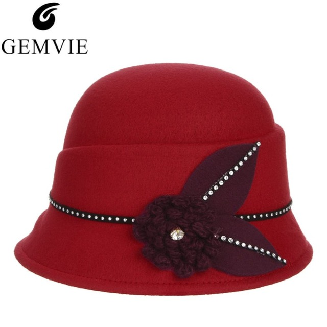 499e3c98918 Elegant Lady Autumn Winter Wool Hats For Women Flower Rhinestone Retro Felt  Fedoras Party Church Hat Domn Warm Caps