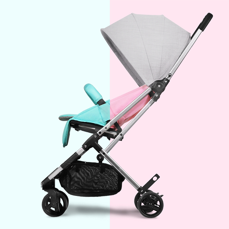 Baby stroller 5.2KG ultra-light baby strollers one hand can be folded trolley take on the plane umbrella carts четырёхколёсная коляска mail three le european landscape ultra light strollers summer shock baby stroller wheel baby stroller baby light umbrella might ride reclining cradle folding trolley sky blue