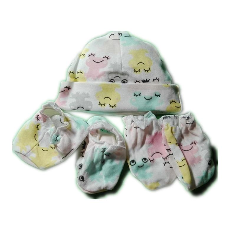 ab909498e91 100% Cotton Baby Hat + Gloves + Socks Set Newborn Baby Set Spring Autumn  Winter