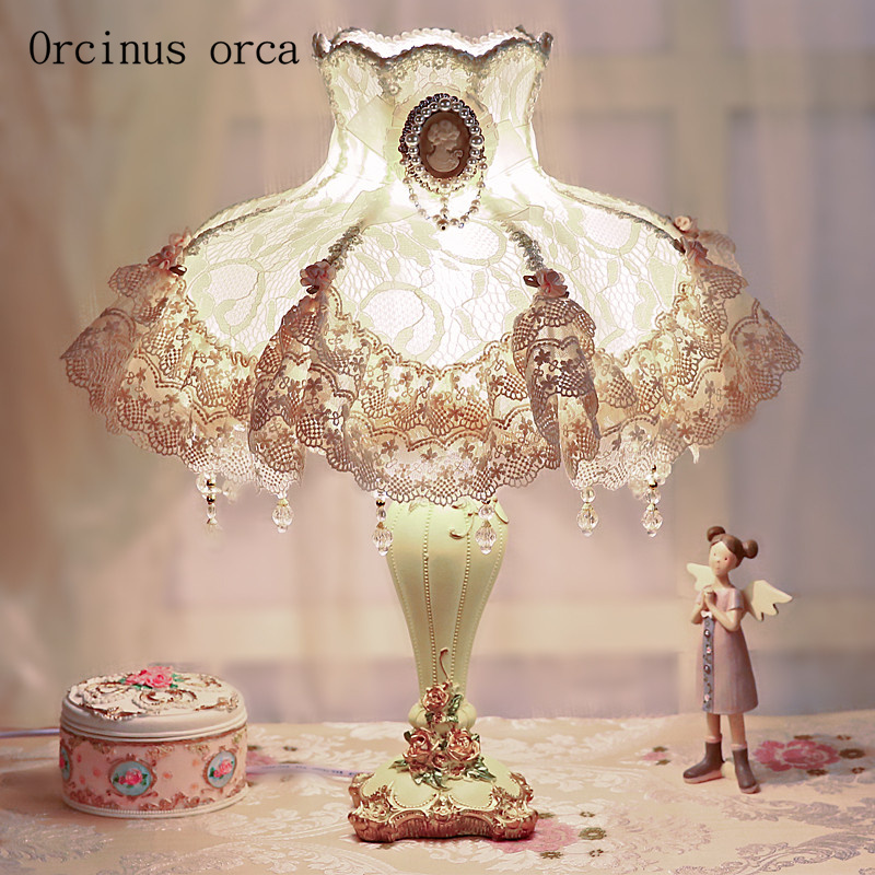 Korean dream Lace desk lamp Princess room girls bedroom bedside lamp European warm sweet cloth desk lamp free shipping|Table Lamps| |  - title=