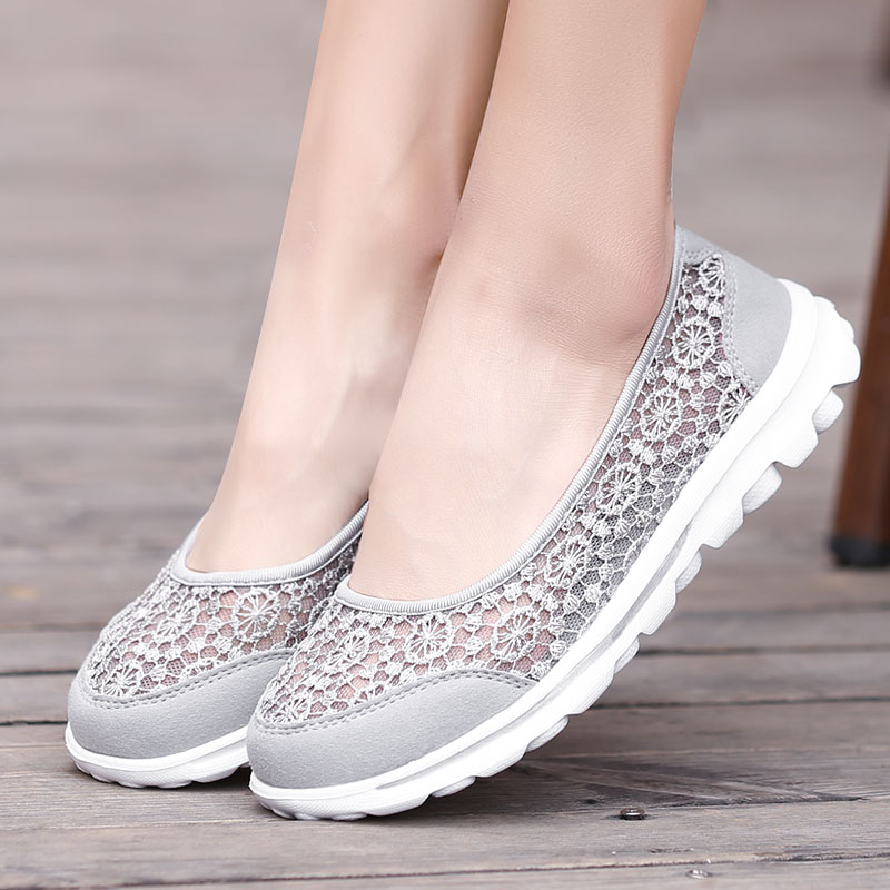 Women's Sneakers Sport Woman Running Shoes Mother Gift Summer Breathable Walking Shoes Outdoor Mesh Antislip Comfort Light Flats