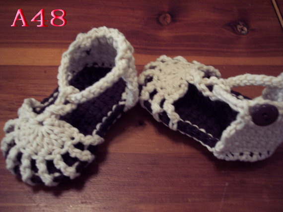 Free shipping Crochet Baby Sandals, Sizes 0-12 Months,Baby Boy White & Dark Brown Shoes
