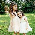 Novos Vestidos de Renda Para As Meninas Doce O-pescoço de Malha de Roupas Infantis De Menina Vestido de Verão Com Manga Fly Simples E Elegante das Crianças vestido