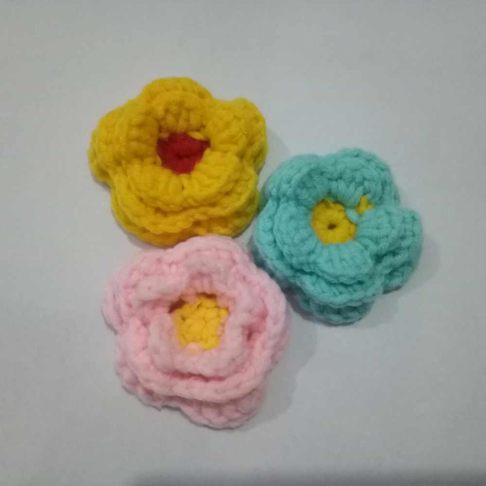 51d7d669a 2 piezas Rosa Multicolor tejido de flores para diadema Barrette accesorios  para el cabello adornos Flor de lana de ganchillo