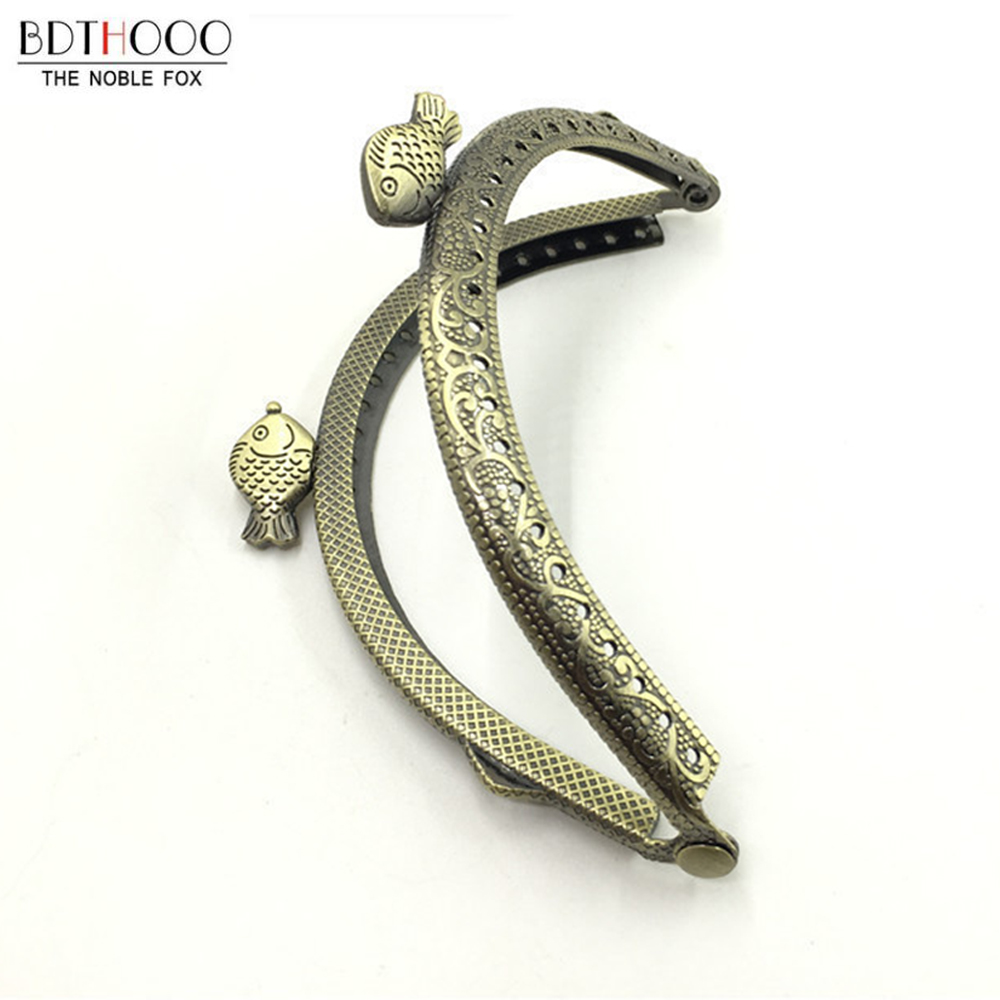 10pcs/lot 8.5cm Fish Head Metal Purse Frame Handle For Clutch Bag Accessories Delicate Making Kiss Clasp Lock Bags Vintage Frame