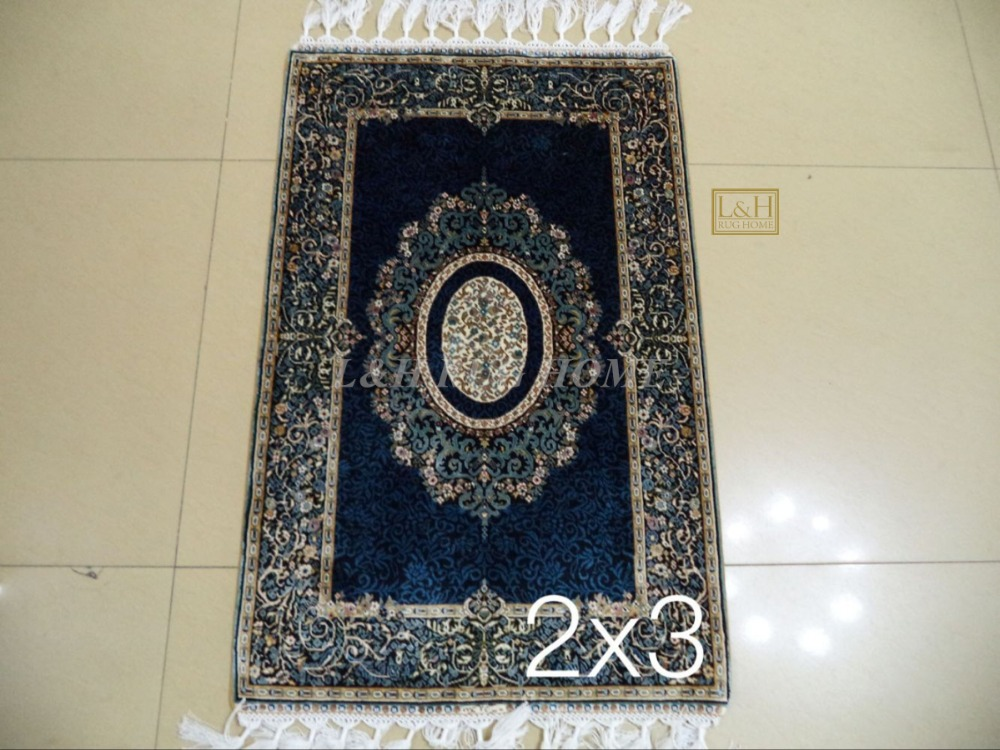 Free shipping 2X3 230 Line Handmade Silk Oriental Persian Rug hand Knotted silk carpet for home decorationFree shipping 2X3 230 Line Handmade Silk Oriental Persian Rug hand Knotted silk carpet for home decoration