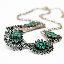 Fashion accessories blackish green all-match flower artificial gems  necklace