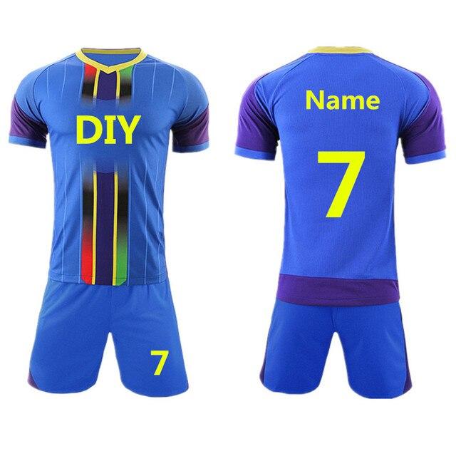 2017 profesión niños Boy Football kits Sets de fútbol Jerséis uniformes  futbol entrenamiento Camisas Pantalones cortos 09674280a99da