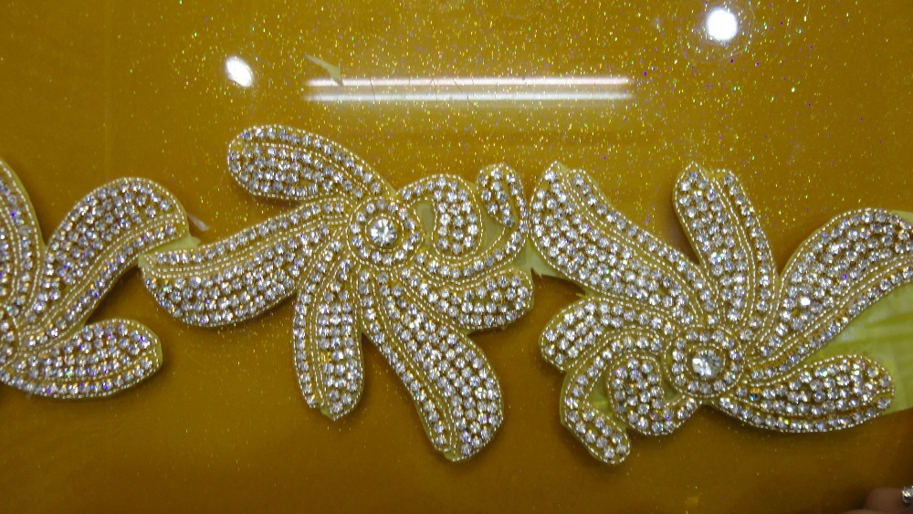 10.5CM New bling Gold rhinestone decorations Peral beaded trims for wedding dresses tiara rhinestone necklace