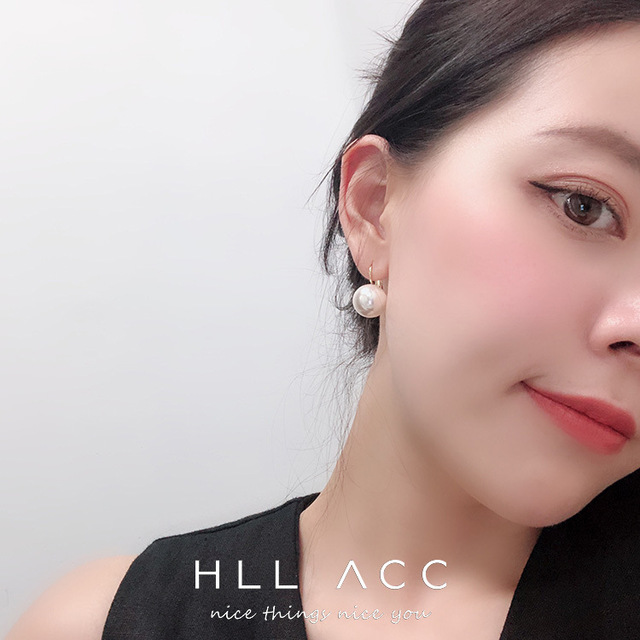HUANZHI 2019 New Elegant Gold Metal Buckle Big Pearl Round Ball Large Earrings for Women Girl.jpg 640x640 - HUANZHI 2019 New Elegant Gold Metal Buckle Big Pearl Round Ball Large Earrings for Women Girl Wedding Party Jewelry Gift